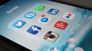 What Is The Difference Between Organic & Paid Social Media?